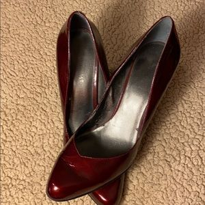 Nine West 9B Ruby Red Heels Good Condition
